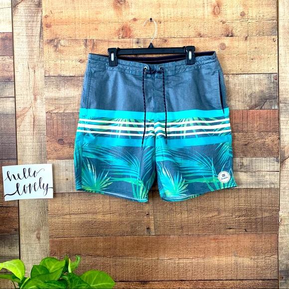 BILLABONG Men's board/swimming shorts